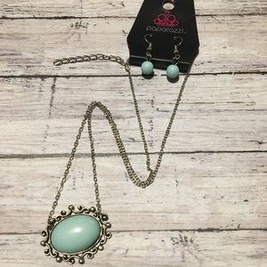 Gorgeous Blue Statement Necklace